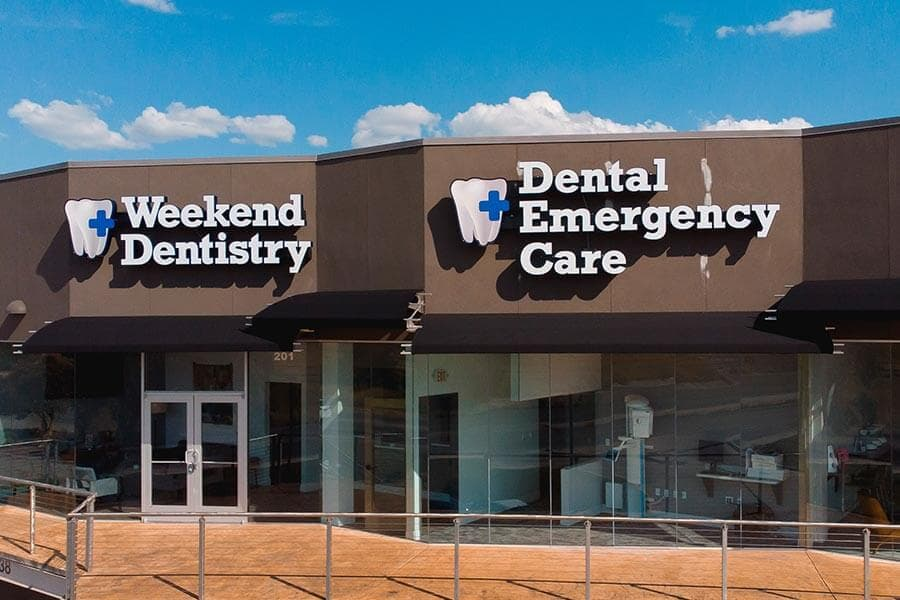 Weekend Dentistry front view